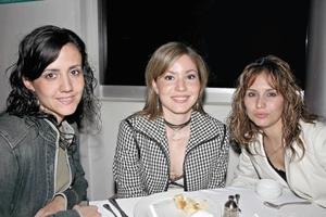 Marcela Romo, Rocío Sañudo y María Olayo