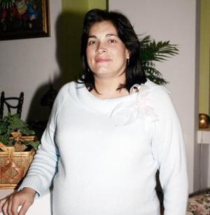 Carolina Guerrero de Fernández el día de su fiesta de canastilla.