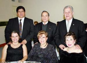 Ricardo y Adriana Ruiz, Javier y José Ruiz y Félix y Cony López.