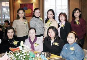 <b>05 de marzo </b> <p> Siceras felicitaciones recibió Liliana Ortega por su próximo enlace matrimonial.