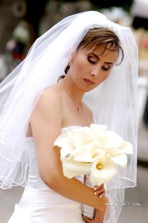 Srita. Sandra Graciela Gónzalez Iturriaga, el día de su enlace matrimonial conel Sr. Andrés Nieto Gómez.