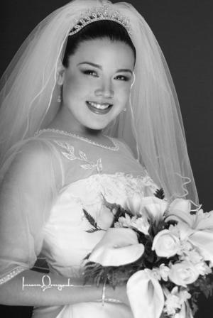 Srita.Rebeca Guerrero Mora. el dia de su boda con el Sr. Juan Luis Villarreal Elizondo.
