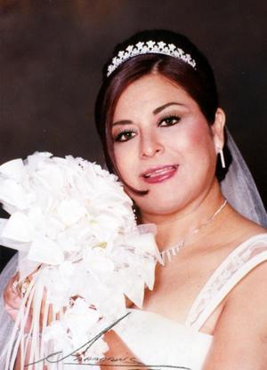 Srita. Elia Flores Sánchez ell día de su enlace nupcial con Luis Ángel Soto Gurrola.