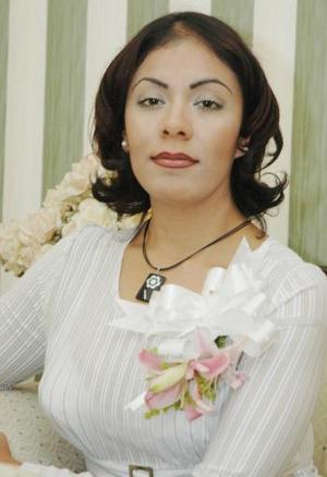 Alejandra Sánchez Rentería contraerá nupcias con Victor Pineda en fecha próxima.