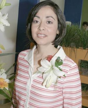 06 de marzo    Lorena Ramírez Mourey se casará el próximo 16 de abril con César Mourey García.