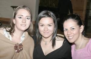 Alma Villalobos, Cecy Ávalos y María Fernanda Belmot.
