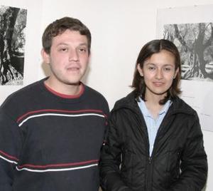 Claudia Ortega y Antonio Salazar.
