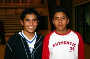Javier Wong y Ricardo Rodríguez.