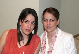 Marcela Martínez Jaidar y Velia de Yarza.