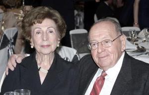 Alberto Nájera Torrijos y Juanita Garrido de Nájera.