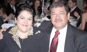 Salvador y Corina Godoy.