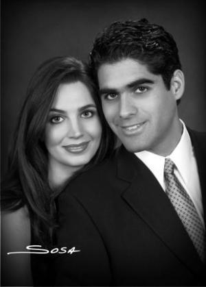 Sr. David Rangel Vallarta y Srita. Alicia Estrada Murra efectuaron su presentación religiosa y contrajeron matrimonio civil el pasado 15 dfe enero de 2005.