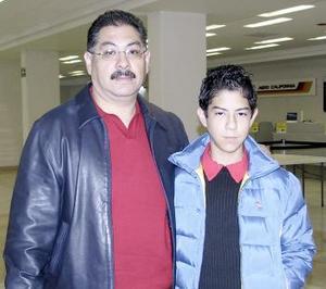 <b>07 de marzo </b><p> Tomás Ramírez García y su hijo Tomás Ramíez González viajarón al DF.