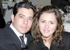 <b>08 de marzo </b> <p>  Nando Garrido y Gianela Ortiz.