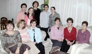 Cristina de Garza, Martha de Pérez, Lupita de Haro, Gaby de Tumoine, Tete de Ruenes, Rosario de Garza, Lucy de Pujol, Adriana Valencia, Coquis de Cantú, Cristina de Valencia y Claudia Martínez,