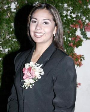 Nancy Romero Martínez, captada en la despedida de soltera que le organizaron en días pasados.