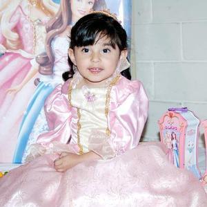 <b>11 de marzo </b> <p> Alicia Valeria Reza Villalobos cumplió tres años de vida.