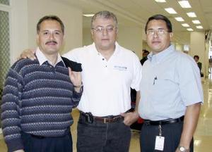 <b>11 de marzo </b><p>  Ricardo García, Miguel Marín y Miguel Hernández viajaron a Japón.