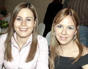 Lety de la Peña y Julia Montoya.