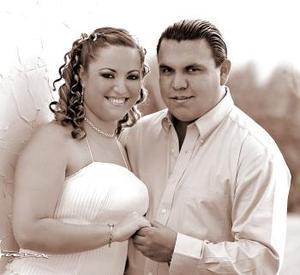<b>12 de marzo 2005</b> <p> Mónica Hernández y Alfonso Vázquez Ayala.