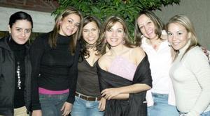 <b>12 de marzo 2005 </b> <p> Yadira Villarreal, Maru Pasquel, Giovanna Iza, Ileana Garza, Lorena Puentes y Lulú Flores .