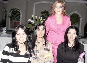 D- Érika Sotomayor, Mónica, Gaby y Lorena Silveyra