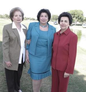 María Rosa de Calvillo, Victoria Eugenia Acosta y Olga de Calderón.