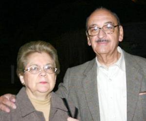 <b>13 de marzo 2005</b> <p>  Sergio Pérez y Zoila de Pérez Merodio.