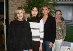 Marisa de Marrero, Lourdes de Cepeda, Rosy de Torres y Juanita de Ortiz.