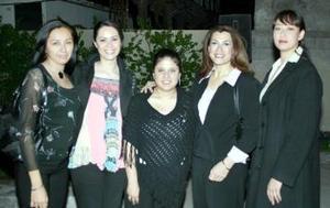 <b>14 de marzo 2005</b> <p> Talía Romero, Alicia Ganem, Gabriela de Anda, Fina de Ganem y Michel de Rivas.
