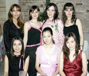 Berenice Ramírez Grageda contraera nupcias con Vidal Jaidar López, por tal motivo fue despedida de su vida de soltera.