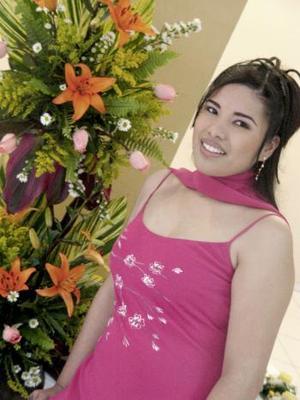 15 de marzo 2005  María Guadalupe Cabral Alvarado contraerá matrimonio