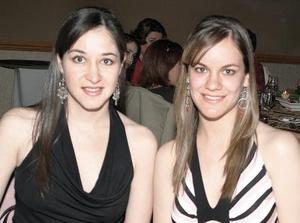 <b>15 de marzo 2005</b> <p> Vicky Ibargüengoitia y Suasana López.