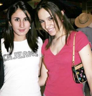 Graciela Gómez Junco y Ana Isabel Cervantes.