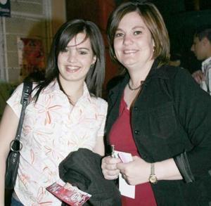 Mayté Núñez y Maribel de Núñez.
