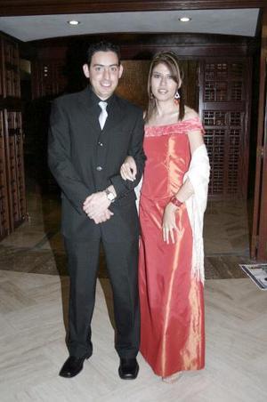 Alfonso Montellano y Sharon E. Ávila.