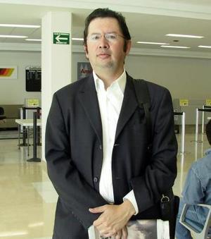 <b>15 de marzo </b><p>  Iván Martínez Veloz viajó a México D.F..