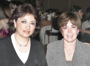 <b>17 de marzo 2005</b> <p> Rocío de Martínez y Pilar del Río