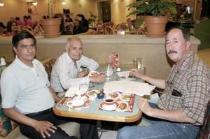 Eduardo, José Moye, Mario Enrique, Galeano Romero y José Vila Rodríguez.