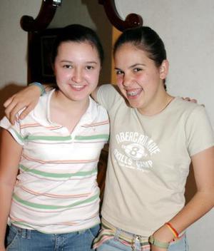 Mary Fer Gómez y Susy Garza.