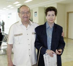 <b>17 de marzo </b><p> José María Iduñate y María de la Paz Iduñate viajaron a Mazatlán.