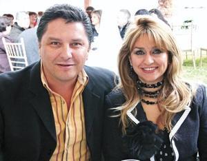 Rogelio Ramos y Lucia de Ramos