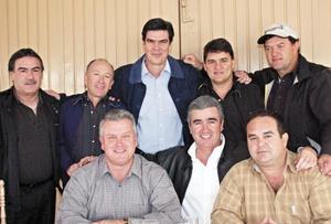 Alejandro Diez, Alberto Carrillo, José Ángel Pérez, Fernando Marroquín, Mario Segura, Beto Treviño, Eduardo Garza y Enrique Menéndez