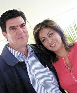 José Ángel Pérez Hernández y María Luisa Berrueto de Pérez