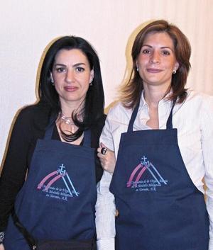 Lorena Silveira de González y Mónica Martínez de Obeso