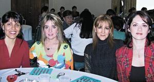 <I>BINGO SOCIAL</I><P>Yadira de González, Perla de Sánchez, Malula de Salazar y Gaby Belmont