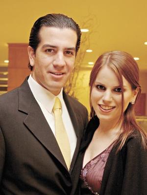 Omar Álvarez y Lupita Estrada
