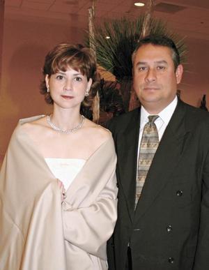 Beatriz González de Fernández y Luis A. Fernández Elosegui