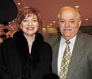 Luz Amelia B. de Cobo y Carlos Cobo