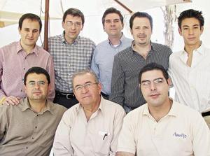 Luis López Márquez, Antonio Dueñes Zurita, Pedro Ruenes, José Batarse, Roberto Castillón Sirgo, Alberto Dueñes y Bernardo Castillón